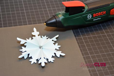 DSC_2766 Stampin Up christmas festive flurry ornament flockentanz box glue pen Bosch_