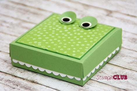 DSC_3151 Stampin Up Crocodile box Krokodil Verpackung Punktemeer TI Prägefolder Decorative Dots -