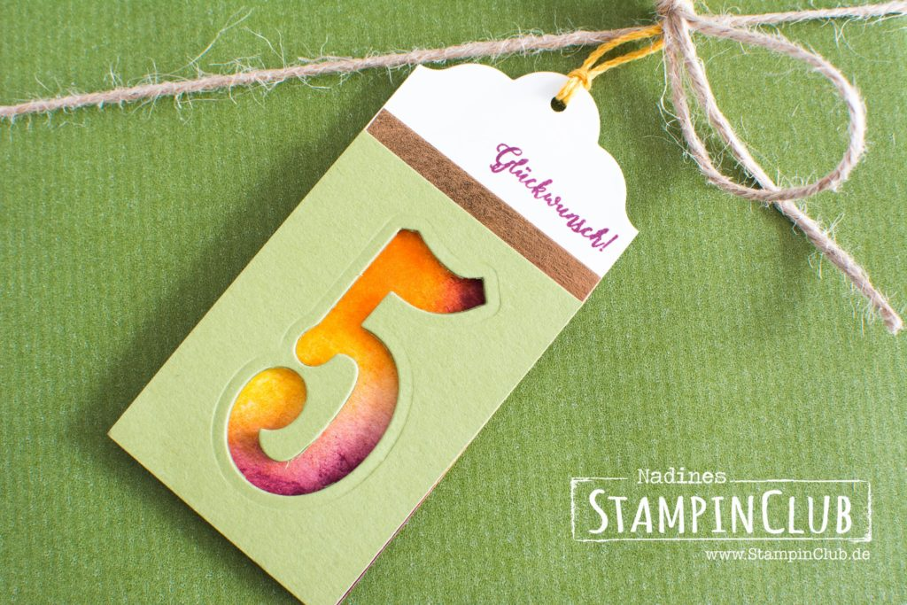 Stampin' Up!, StampinClub, Geschenkanhänger, Herbst, Demogeburtstag, Framelits Große Zahlen, Large Number Framelits, Jahr voller Farben, Colorful Season