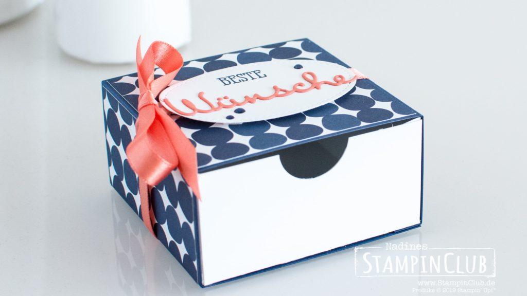 Stampin' Up!, StampinClub, Schubladenbox, DP Blütenfeuerwerk, Gut gesagt, Framelits Formen Schön geschrieben, Stickmuster Framelits