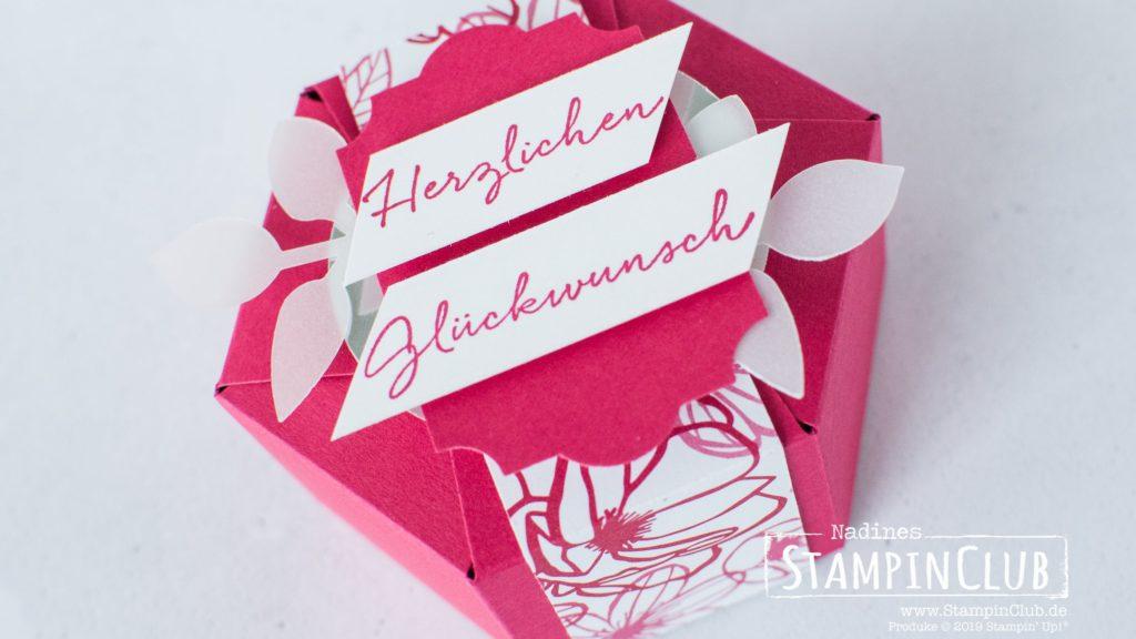 Stampin' Up!, StampinClub, Hexagon Box, Hexagon Verpackung, Florale Grüße, DSP In Liebe