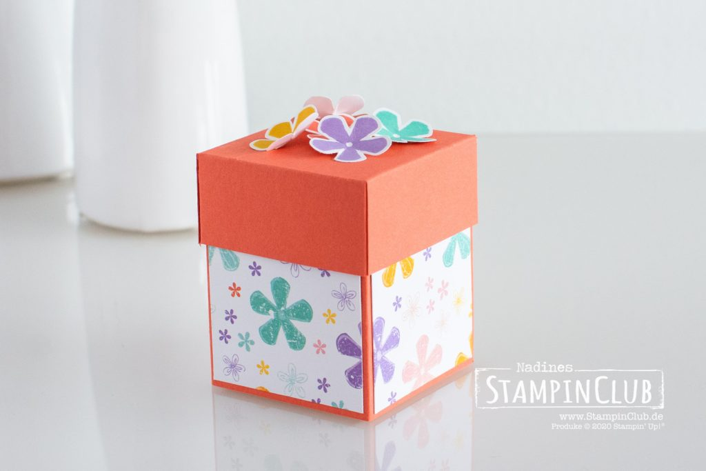 Stampin' Up!, StampinClub, Designerpapier Wunderbar ausstanzbar, Pleased as Punch DSP, Verpackung, Mini Stepper Box, Blumige Überraschung, Thoughtful Blooms, Stanze Kleine Blume, Small Bloom Punch