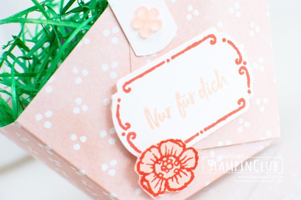Florale Etiketten, Stampin' Up!, StampinClub, Florale Etiketten, Tags in Bloom, Osterkorb, Osterkörbchen, Stanze Apartes Etikett, Designerpapier Mit Stil und Klasse