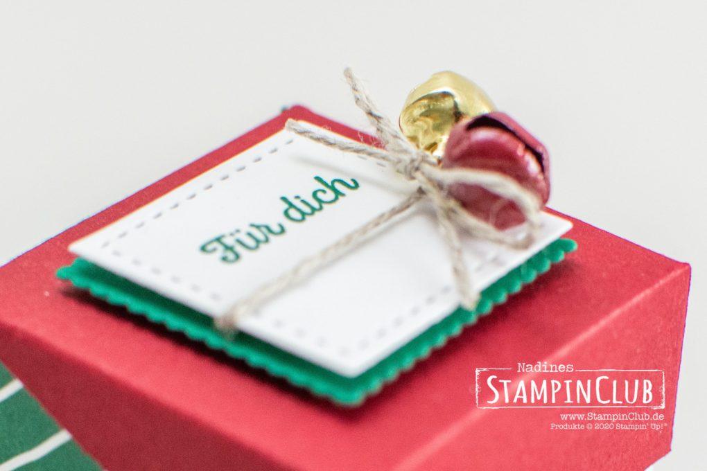 """Stampin' Up!, StampinClub, Mini-Box, Schräger Deckel, Designerpapier Klassische Weihnachten 6"""" x 6"""" / Classic Christmas DSP, Lagenweise Quadrate, Stanzformen Stickmuster, Klitzekleine Grüße"""