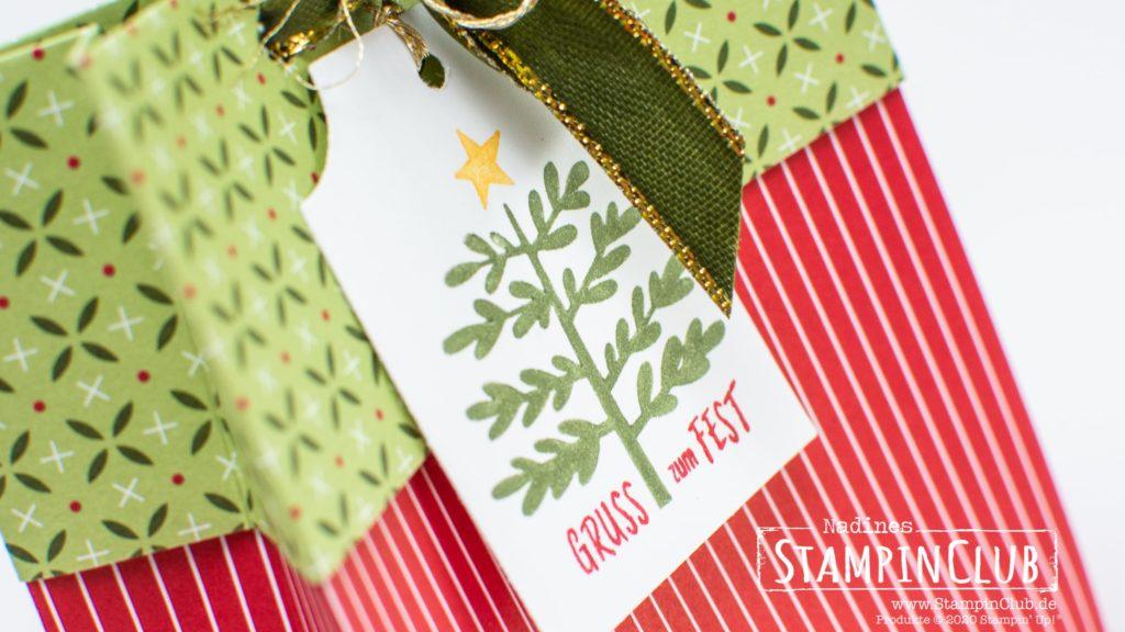 Stampin' Up!, StampinClub, Geschenktüte, Weihnachten, Designerpapier Weihnachten im Herzen, Stanze Basic-Anhänger, Essential Tag Punch, Basics für Feiertage, Everything Essential Stamp Set