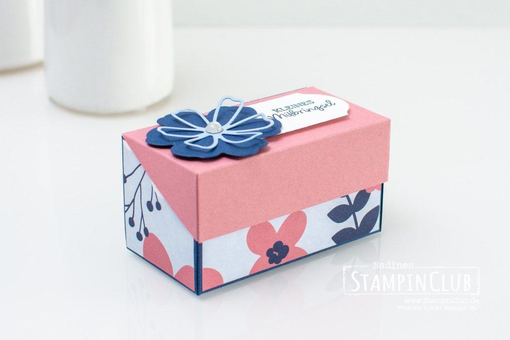 Stampin' Up!, StampinClub, Designerpapier Papierblüten, Paper Blooms DSP, Stanzformen Herrlich Blumig, Perennial Petals Dies, Stanze Zeitloses Etikett, Ovale Grüße, Oval Occasions