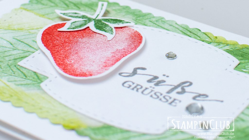 Stampin' Up!, StampinClub, Beerenstark, Sweet Strawberry, Elementstanze Erdbeere, Strawberry Builder Punch, Designerpapier Sommerbeeren, Berry Delightful DSP, Stanzformen So hübsch bestickt